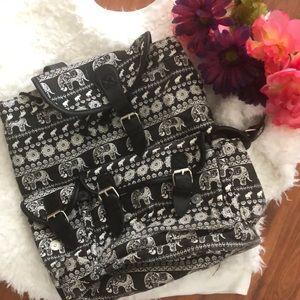Hype elephant backpack napsack. Black and white.